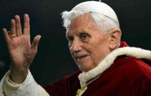 Pope-Benedict-XVI_B
